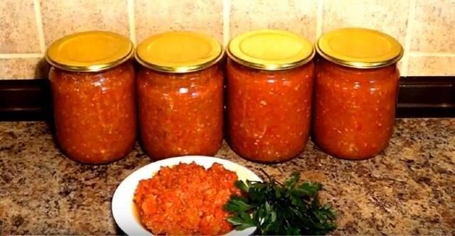 Рецепты сырой аджики из помидор и чеснока без варки на зиму