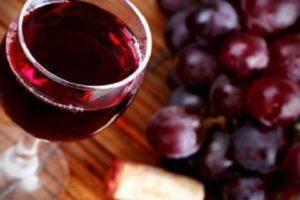 Вино из ирги – 8 рецептов в домашних условиях