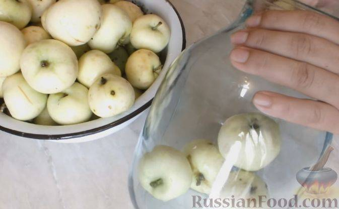 Рецепт приготовления вкусного компота из яблок на зиму