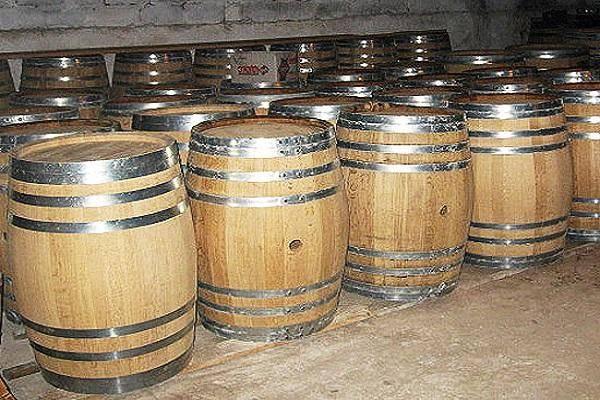 Можно ли вино ставить во фляге из алюминия и какую тару лучше использовать