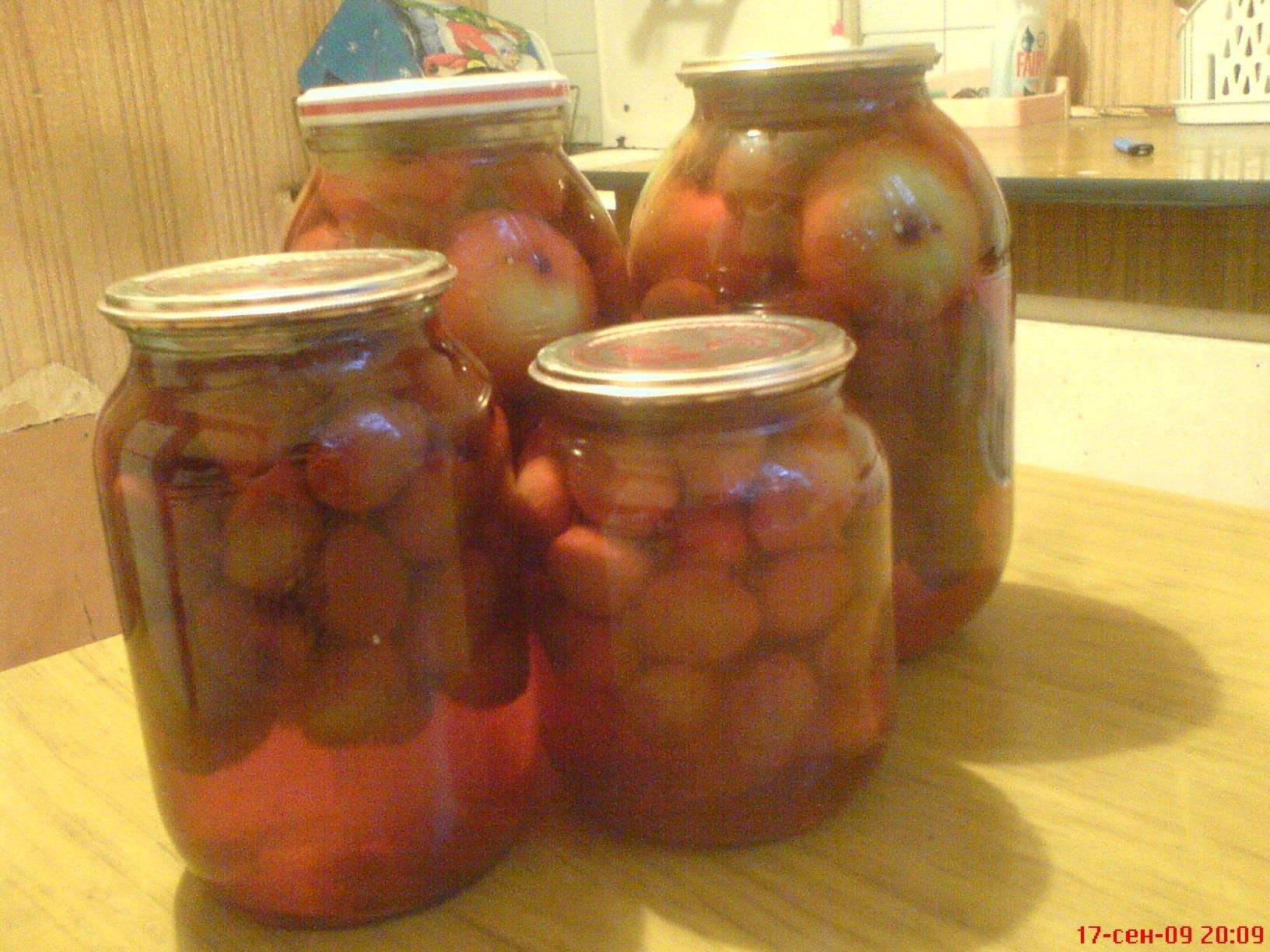 Универсальные рецепты компотов из яблок на зиму