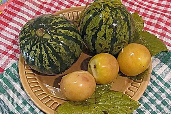 Как посолить арбузы в бочке на зиму