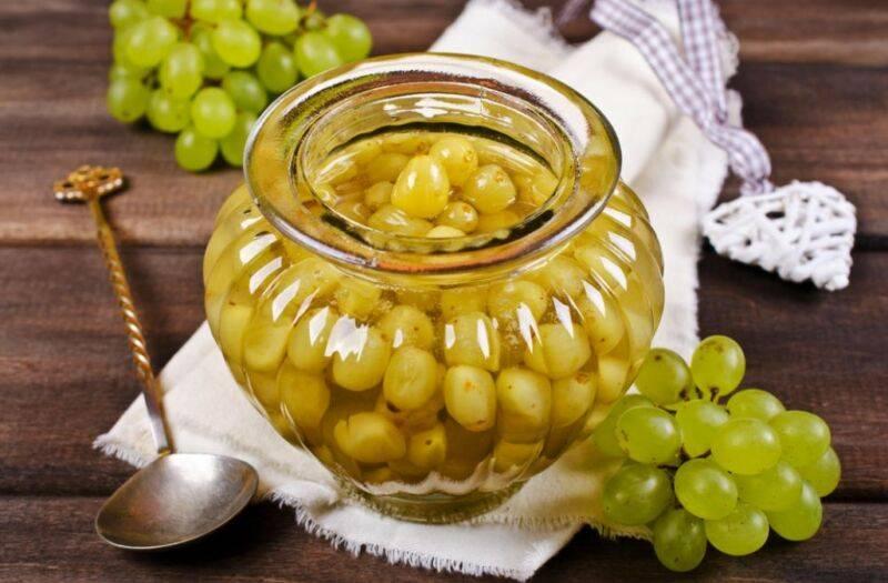 10 лучших рецептов заготовок из винограда на зиму