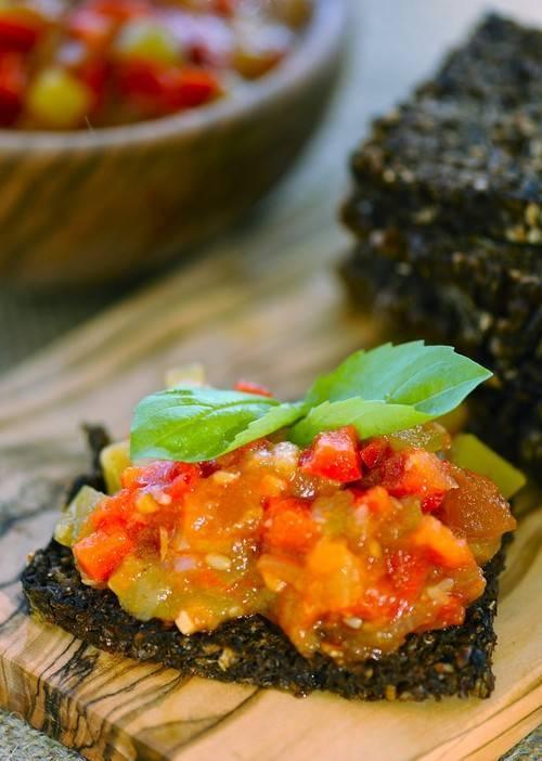 Икра из кабачков на зиму: лучшие рецепты с майонезом, баклажанами, морковью, яблоками, тыквой. как приготовить вкусную икру из кабачков в мультиварке, духовке, детям?