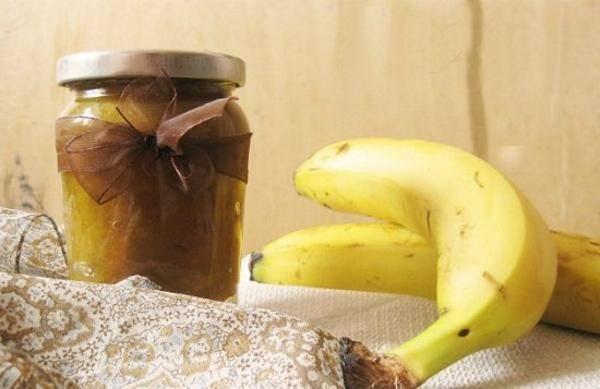 Добавляют ли в компот бананы