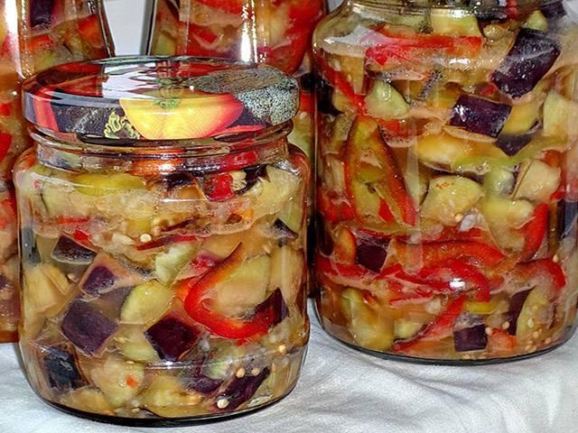 Простые и быстрые рецепты баклажанов с зеленью и чесноком на зиму