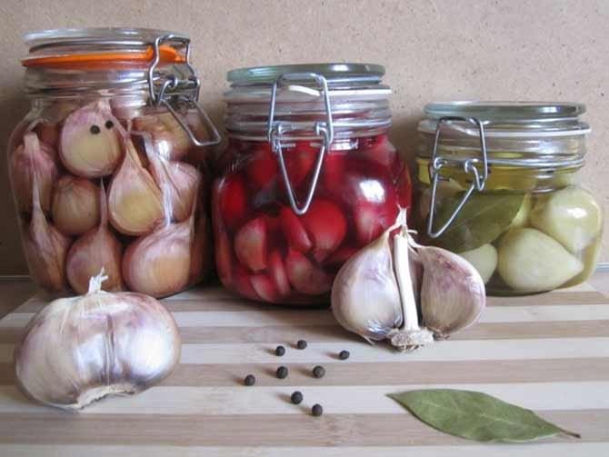 Маринованный крыжовник — лучшие рецепты заготовок на зиму