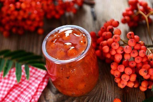 Варенье из красной рябины на зиму: 3 простых рецепта