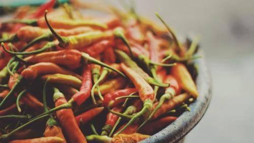 ТОП 10 рецептов приготовления перца пикантного на зиму, со стерилизацией и без