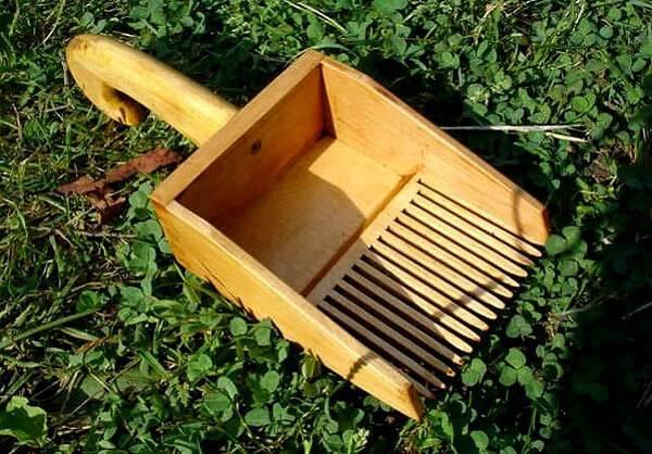 Комбайн для сбора черники, брусники и земляники