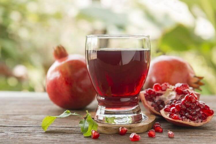 Гранатовое вино — производители, польза и вред напитка