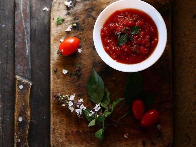 Томатный соус с базиликом на зиму: пошаговый рецепт приготовления с фото