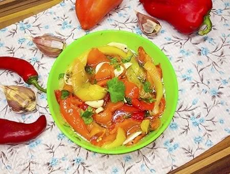 Маринованный болгарский перец на зиму: 11 рецептов заготовки
