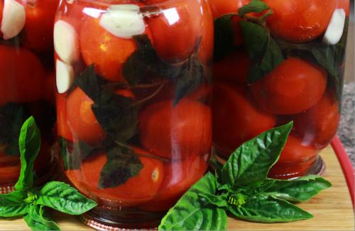 Как быстро и вкусно приготовить вкусный домашний томат из помидоров на зиму: самый простой и быстрый рецепт
