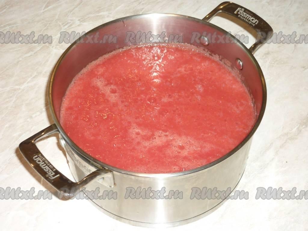 Пошаговый рецепт приготовления домашнего кетчупа с крахмалом на зиму