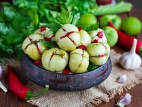 Салат из зеленых помидор на зиму без стерилизации