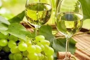 13 простых пошаговых рецептов яблочного вина в домашних условиях