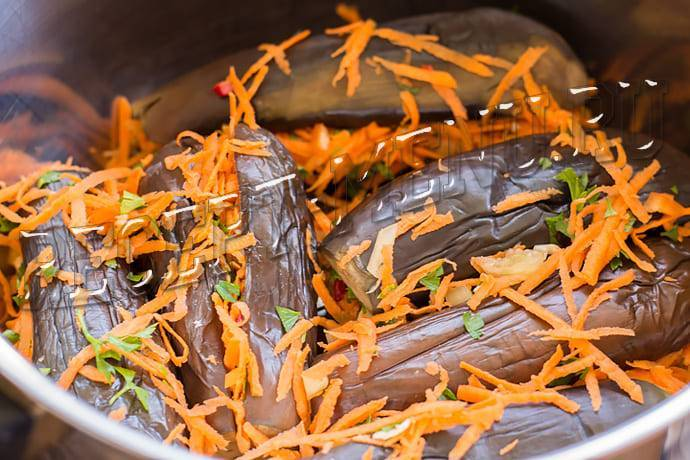Вкусные рецепты квашеных фаршированных баклажанов: закуска на зиму и суточная!
