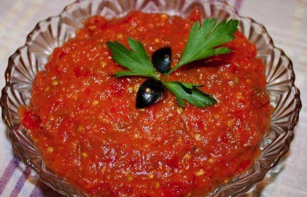 ТОП 7 простых и вкусных рецептов приготовления икры из перца на зиму