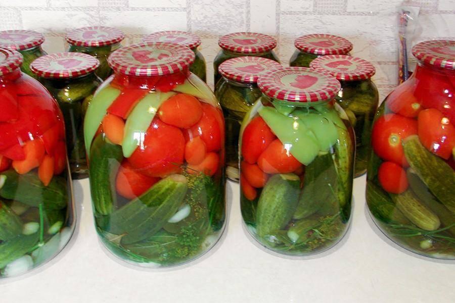 Рецепты вкусного ассорти на зиму из огурцов и помидоров с фото пошагово