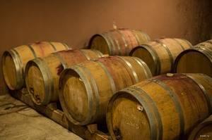 Вино в бочках – с каких пор и почему?