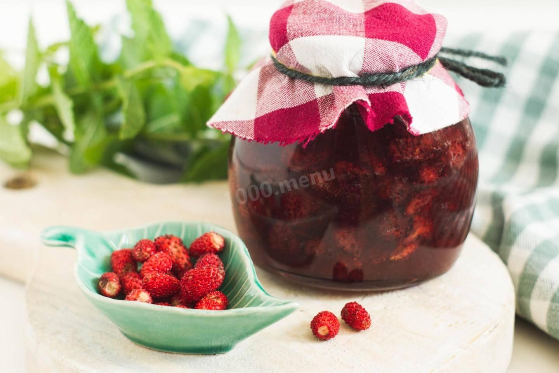 Перетертая клубника с сахаром на зиму: 7 вкусных рецептов!