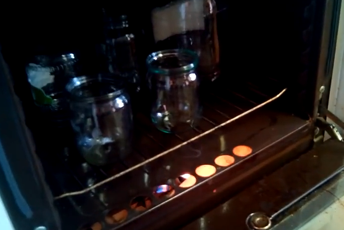 Банки в посудомойке для консервации. стерилизация банок в домашних условиях проверенными и современными методами. в посудомоечной машине