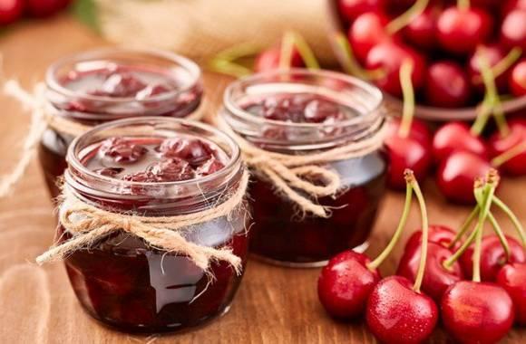 Варенье из яблок с грецкими орешками — домашний рецепт
