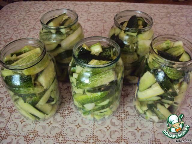 """Огурцы дамские пальчики: рецепт на зиму, как приготовить с фото. пикантный зимний салат из хрустящих огурчиков """"дамские пальчики"""""""