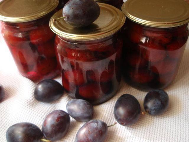ТОП 3 простых рецепта приготовления маринованных слив с гвоздикой на зиму