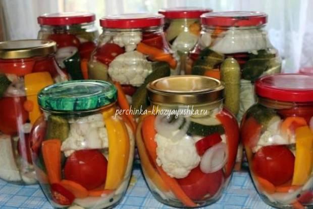 Огурцы в томатном соке: обалденная закуска на зиму
