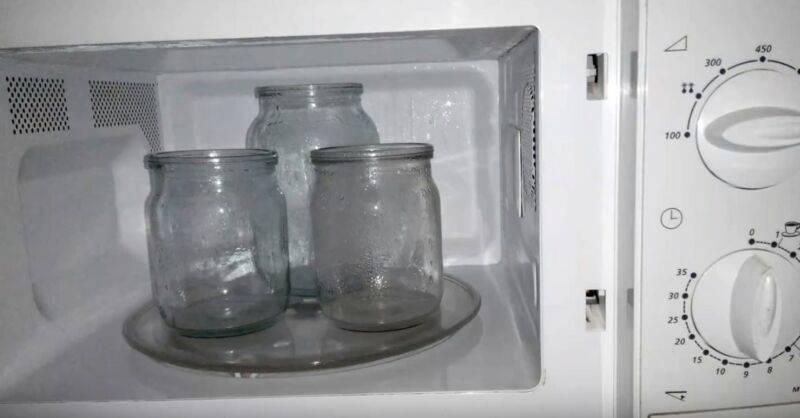 Стерилизация банок в микроволновке: пустых и с заготовками