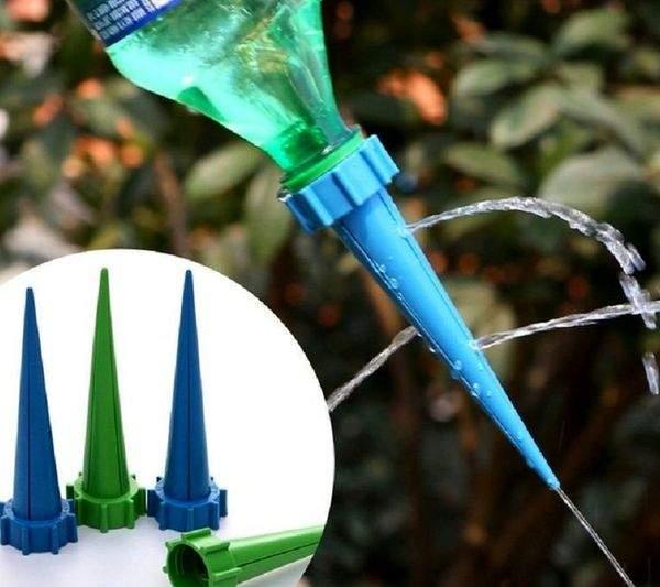 Капельный полив огурцов из пластиковых бутылок