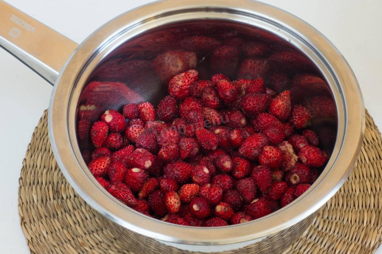 Варенье из земляники на зиму: густое с целыми ягодами