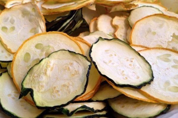 3 лучших рецепта приготовления сушеных кабачков на зиму