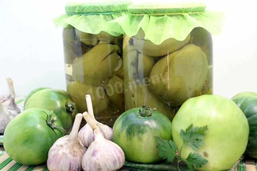 Рецепты аджики из зеленых помидоров на зиму с яблоками, морковью, кабачками и сливами: приправа — просто объедение!