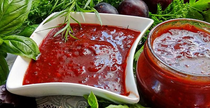 Аджика из сливы и помидор на зиму