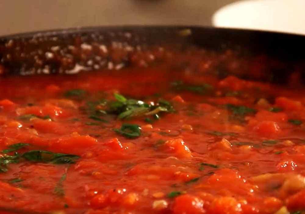 Томатная паста — рецепт томатного соуса с базиликом и чесноком