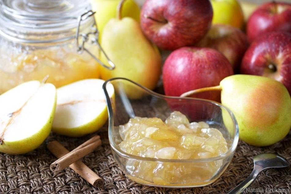12 простых рецептов грушевого пюре на зиму в домашних условиях