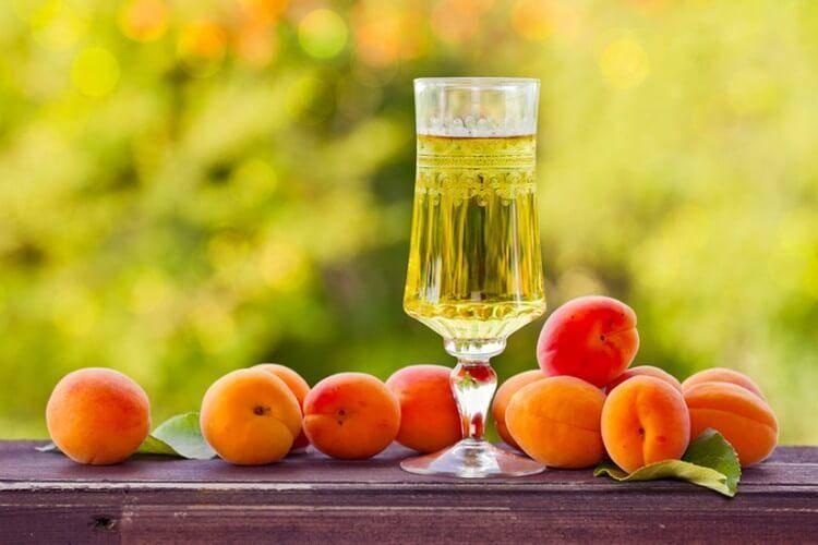 Простые пошаговые рецепты домашнего дынного вина