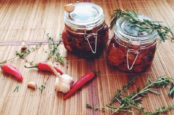 12 лучших рецептов приготовления острых помидор на зиму пошагово
