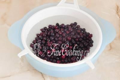 Лучшие рецепты приготовления компота из ирги на зиму, со стерилизацией и без