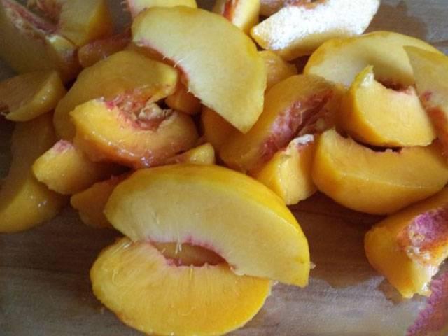 Варенье из персиков на зиму — простые и лучшие рецепты персикового варенья