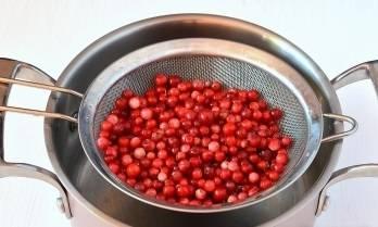 Пошаговый рецепт «пятиминутка» варенья из брусники на зиму