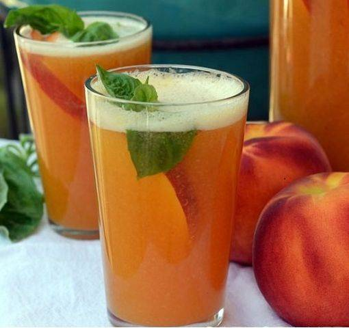 12 простых рецептов приготовления вина из персиков в домашних условиях