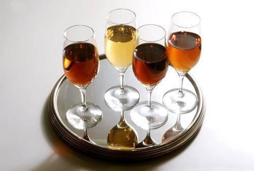 Делаем креплёное вино с помощью водки