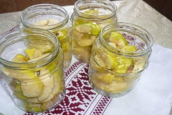 Моченые яблоки антоновка. простые пошаговые рецепты приготовления маринованных яблок целиком и дольками
