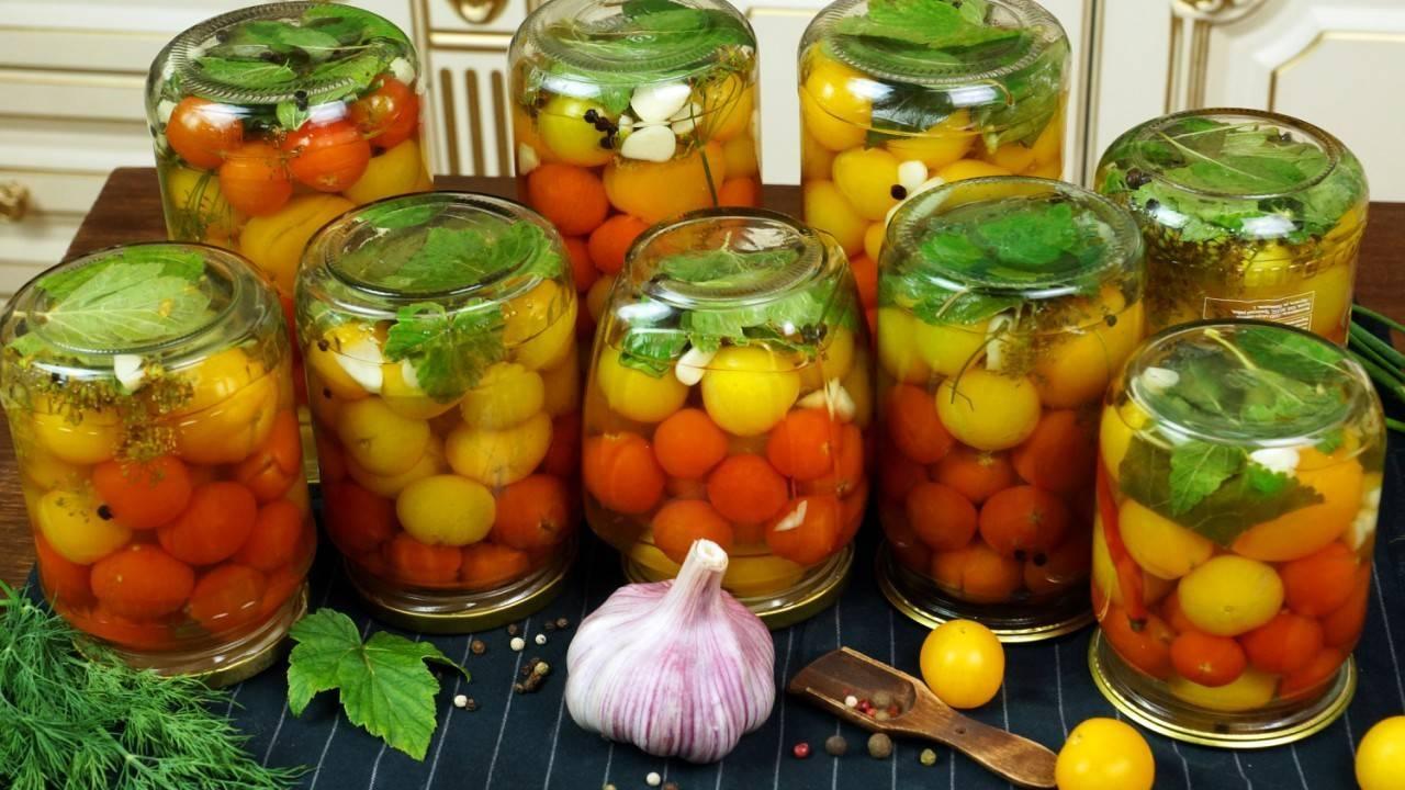 Помидоры маринованные на зиму — 6 очень вкусных рецептов