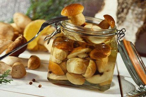 Подосиновики маринованные рецепт супер классный. способы заготовки грибов подосиновиков на зиму. для рецепта маринованных подосиновиков и подберезовиков понадобятся