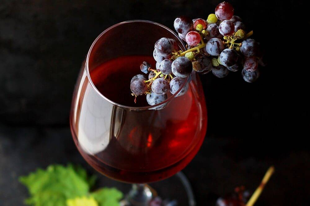 5 простых рецептов приготовления вина из черники в домашних условиях